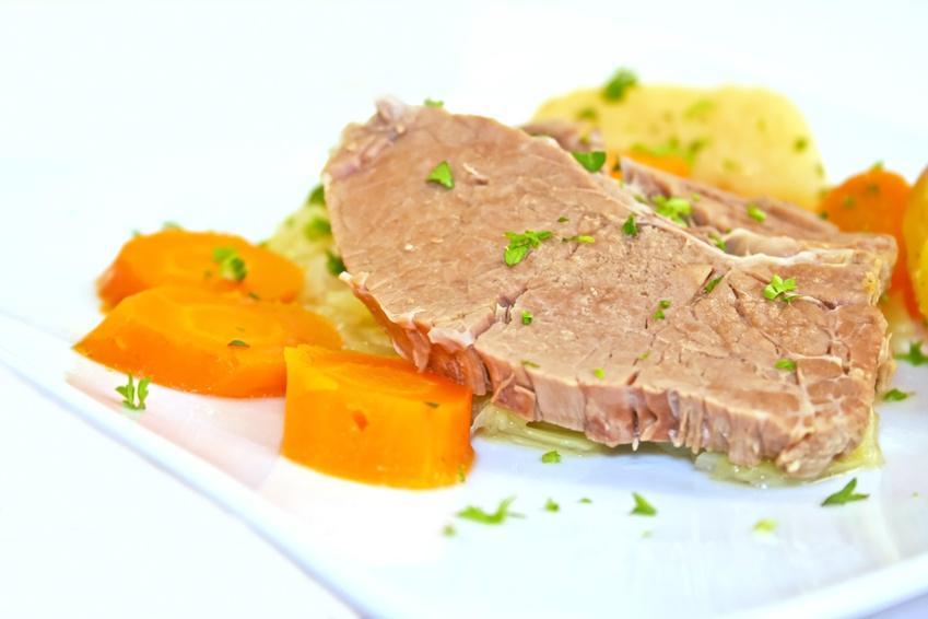 Rinderbrust ohne Knochen vom Simmentaler Rind  - Serviervorschlag