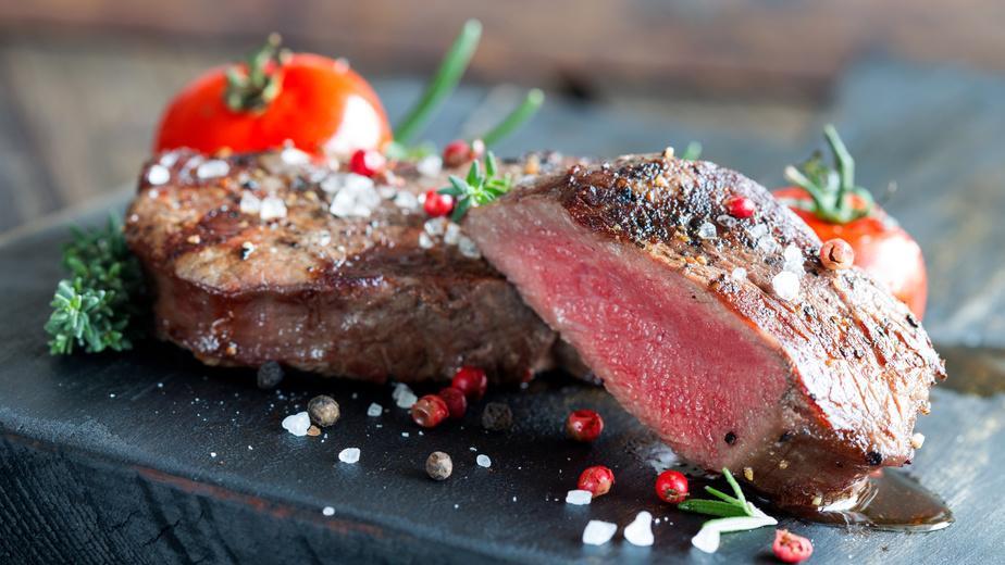 Känguru Steak Portionszubereitung - fein mariniert - Serviervorschlag